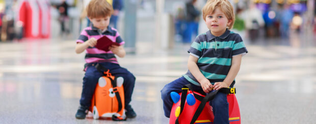 kids flying alone